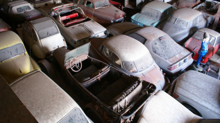 This collection of more than 700 vehicles is headed to auction