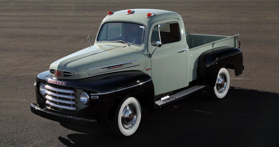 Custom 1950 Mercury M47 Is a Pure Rebuild of a Rare Pickup Truck