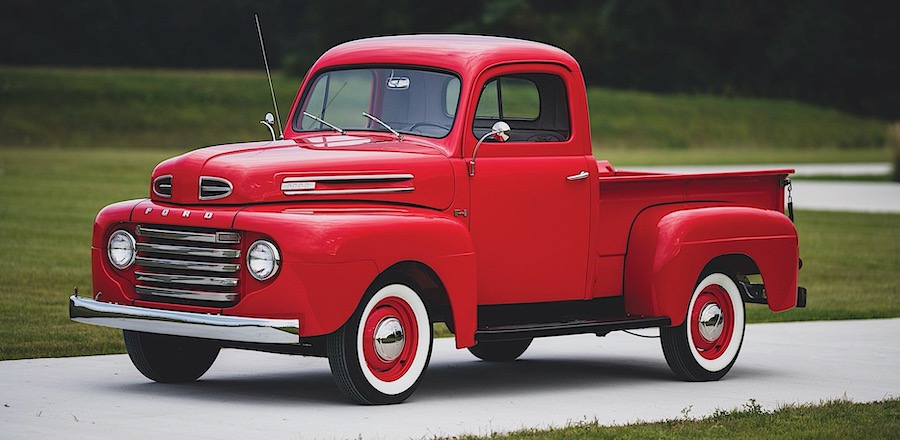 Custom 1948 Ford F1 Is a Reminder of Why the Pickup Craze Began