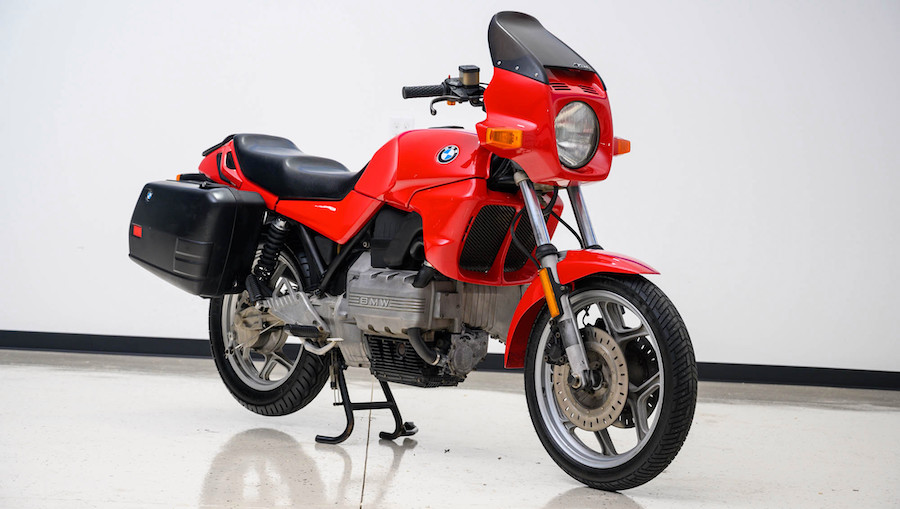 "1986 BMW K75 ""Flying Brick"" Begs To Be Ridden"