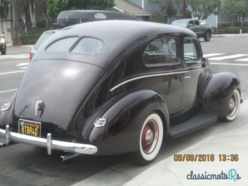 1940 Ford Standard in California, the World
