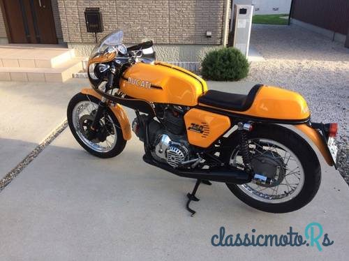 1973 Ducati 750SS in Japan, the World