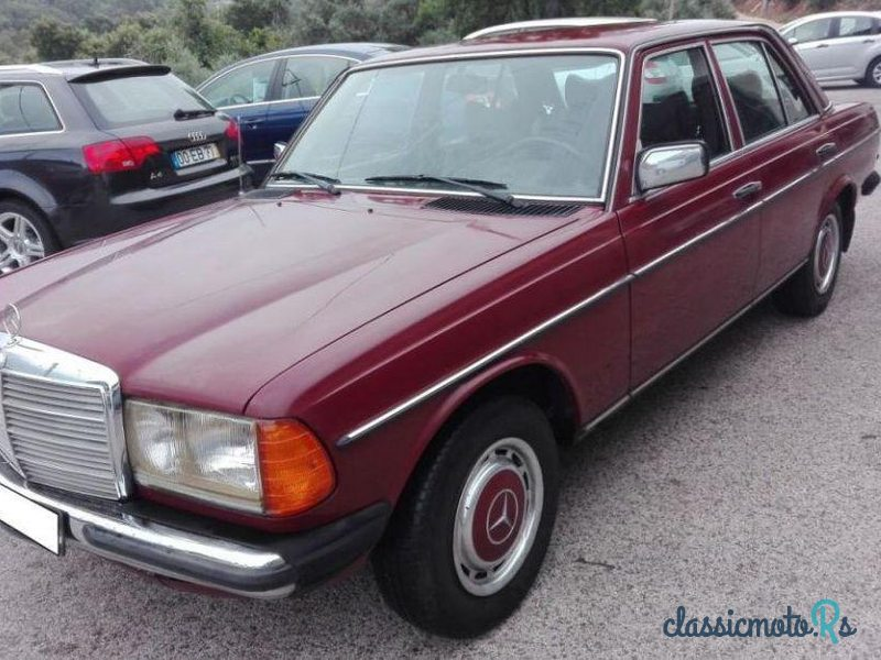 1978 Mercedes-Benz 240 D Limousine in Portugal, the World