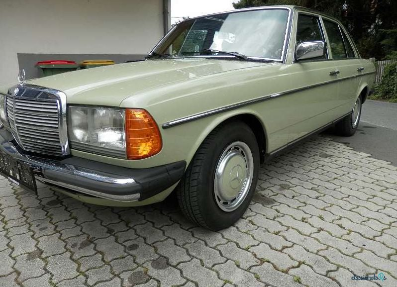 1976 Mercedes-Benz 240 D W123 in Austria - 2