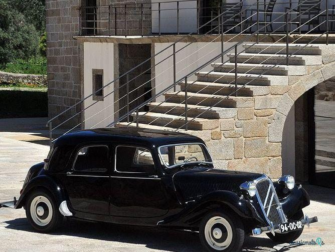 1955 Citroen 11 B in Portugal - 2