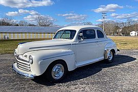 1946' Ford Super Deluxe