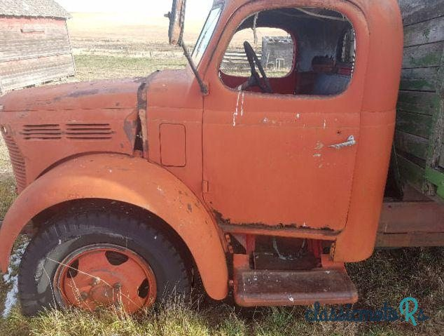 1940' Reo for sale - $600  Canada, the World