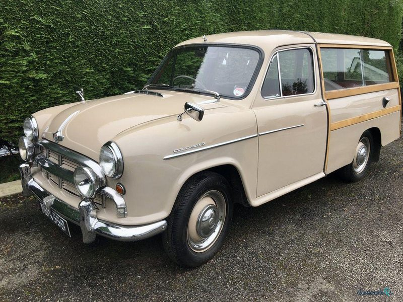 1955 Morris Oxford in Scotland - 2