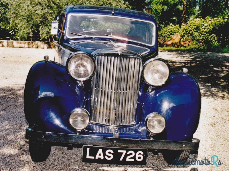 1947 Jaguar 1/2 Litre in Italy, the World