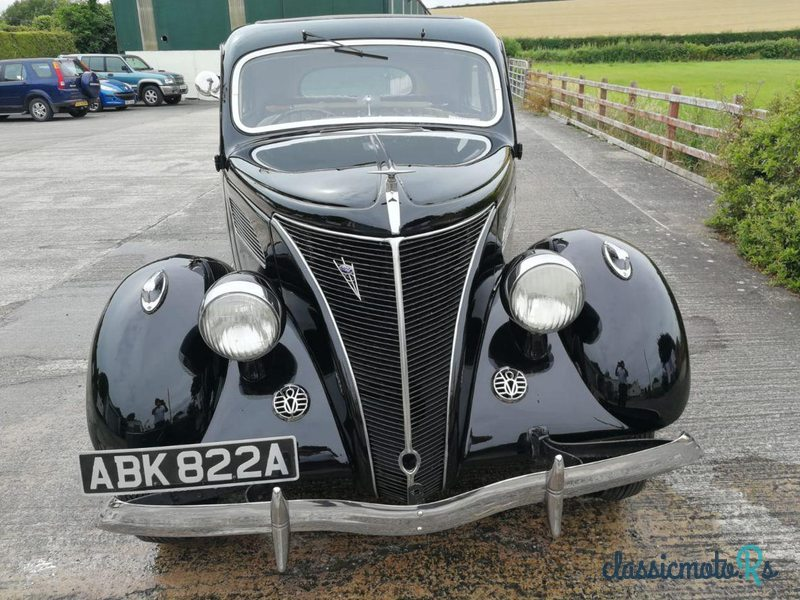 1937 Ford V8 Model 62 in Ireland - 4