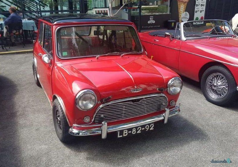 1967 Austin Mini in Portugal - 2