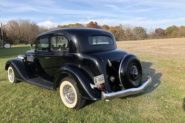 1935' Buick Series 90