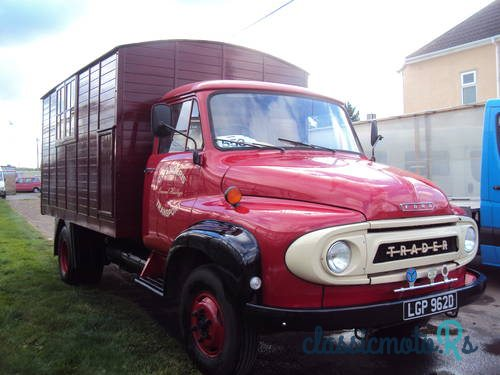 1966 Ford THAMES TRADER in Herefordshire, Alle