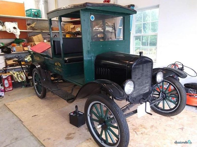 1924 Ford Model T in United States - 3