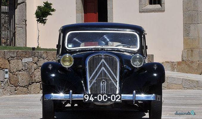 1955 Citroen 11 B in Portugal - 3