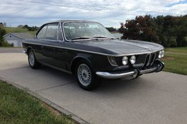 1968' BMW 2000 for restoration
