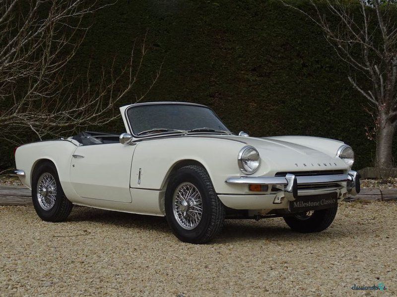 1968 Triumph Spitfire in Sussex - 5