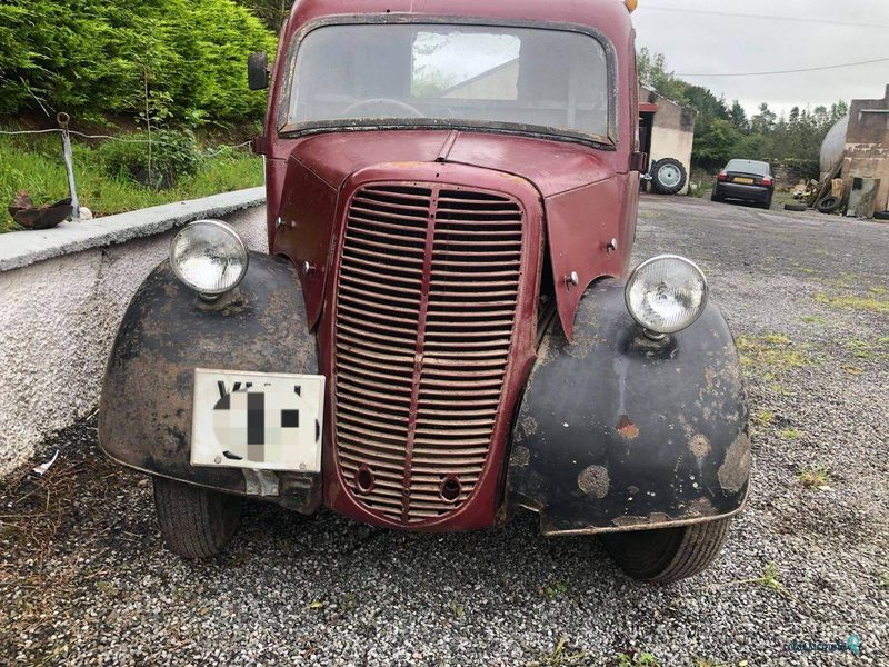 1951 Ford Pickup in Ireland - 2