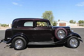 1934' Ford Deluxe Tudor