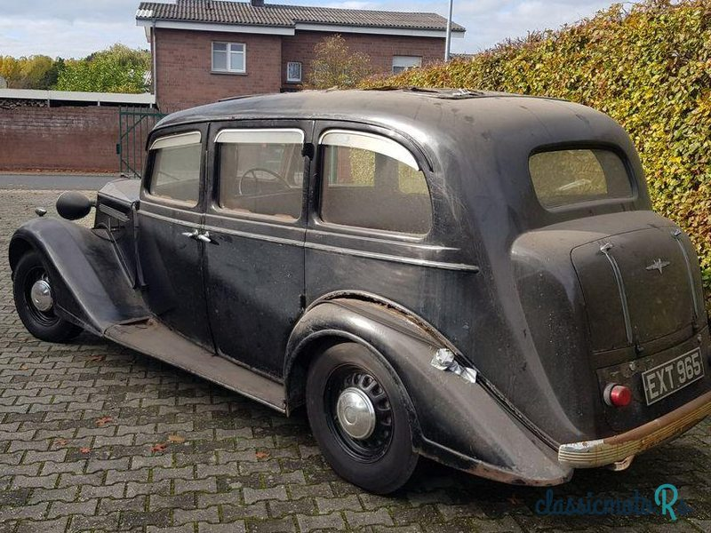 1938 Vauxhall 25Hp Saloon in Germany - 4