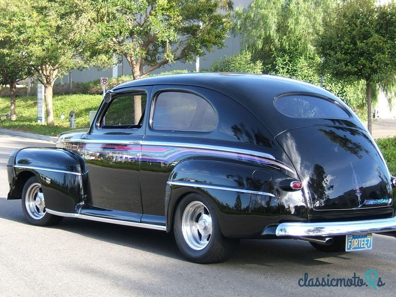 1947 Ford Deluxe in California, the World