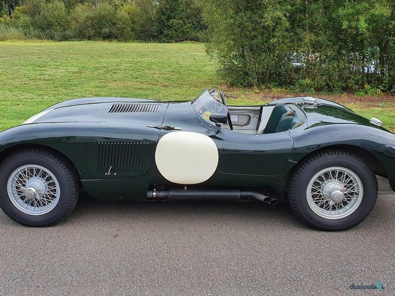 1953 Jaguar C-Type в США