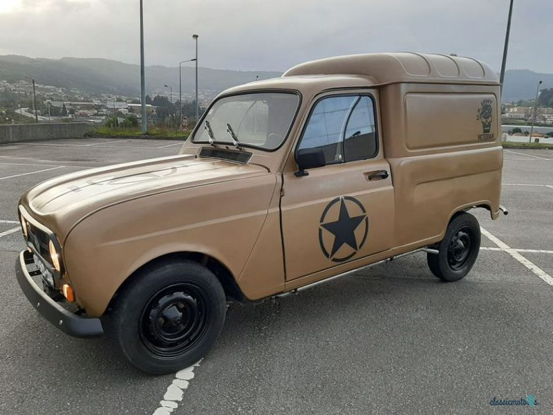 1979 Renault 4 in Portugal - 2