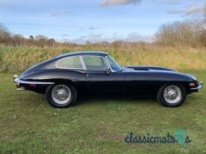 1969 Jaguar E-Type in Berkshire - 4