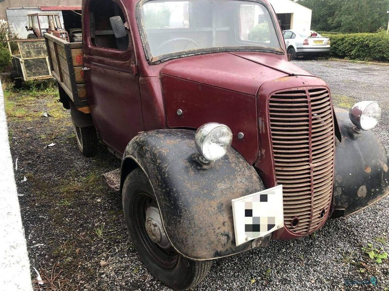 1951 Ford Pickup in Ireland - 3