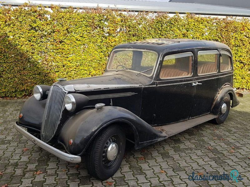 1938 Vauxhall 25Hp Saloon in Germany - 5